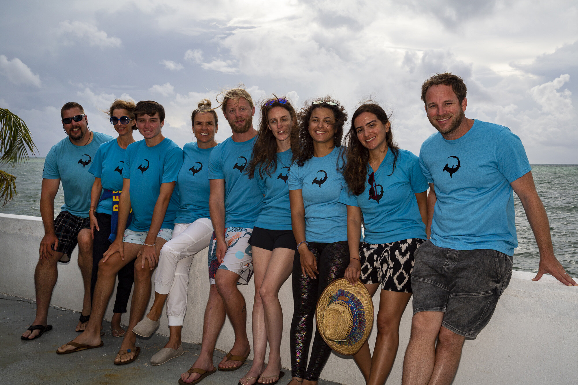 Silent Hunter - Annie Dr Tristan Guttridge -Sharks - Shark - Hammerhead - The Bahamas - Andros - Shark Diving - Eco - Eco Tourism - Team Shot.jpg