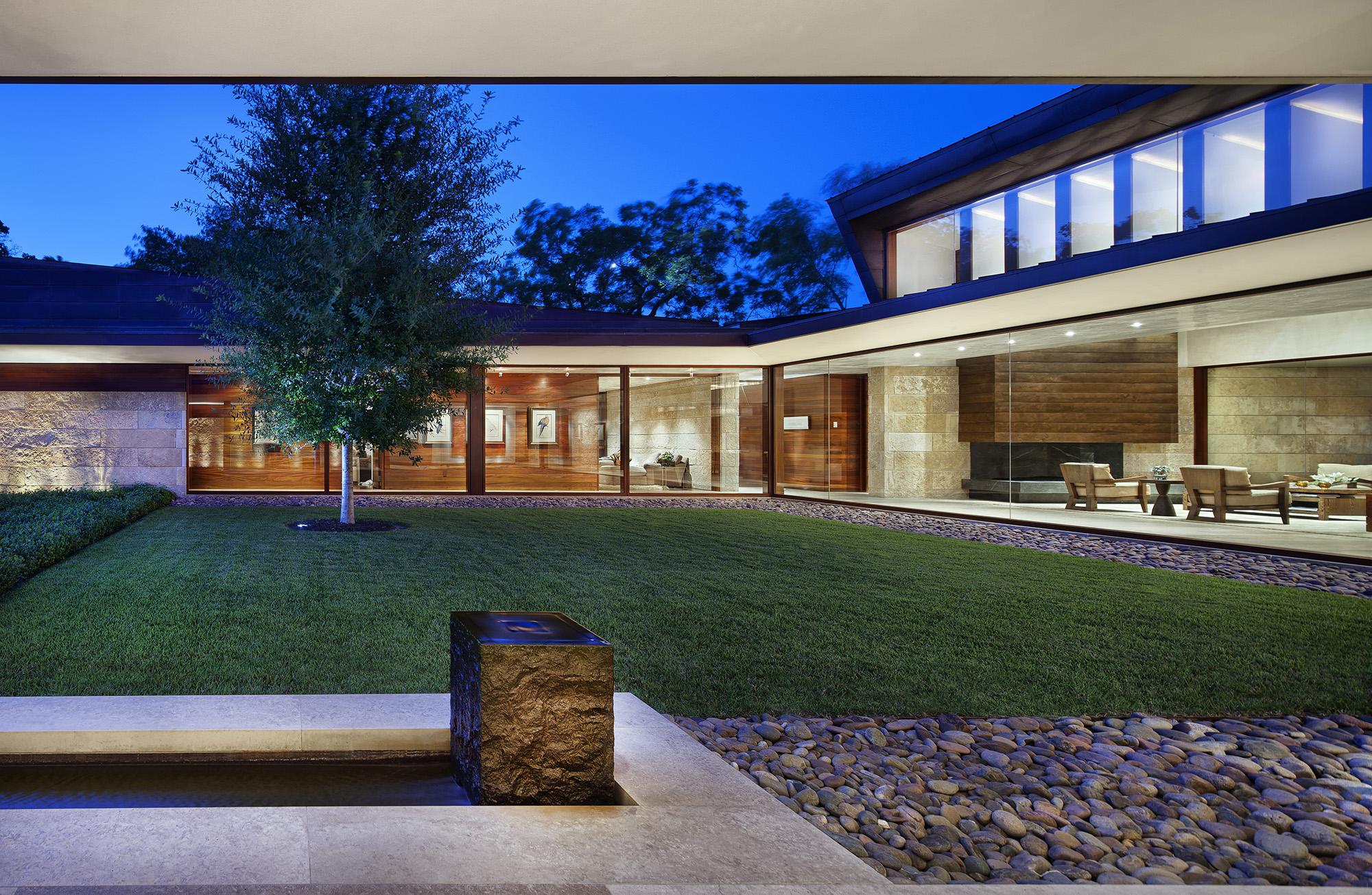 05_Residence 1446.jpg