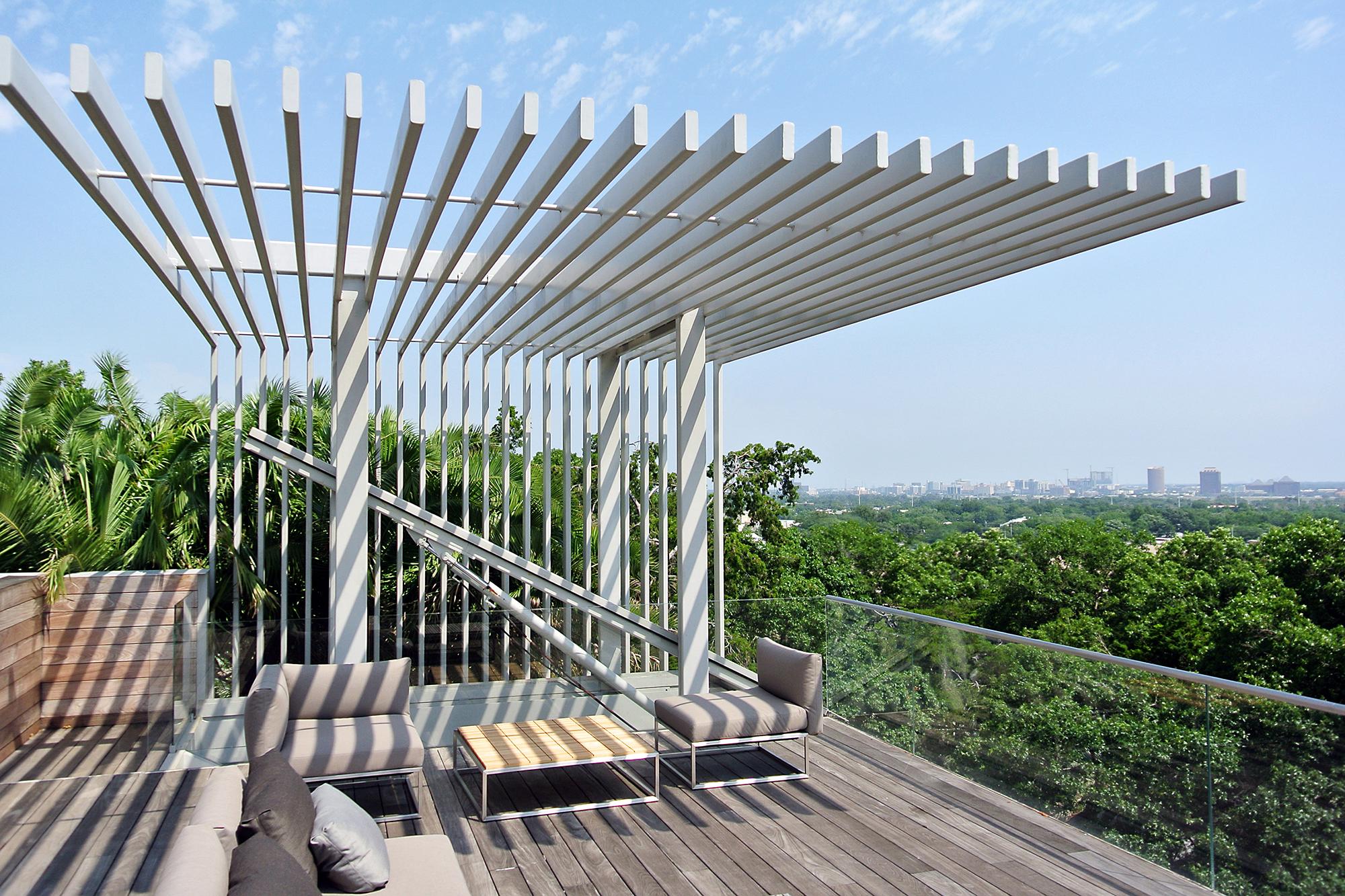 15_Vertical House.jpg