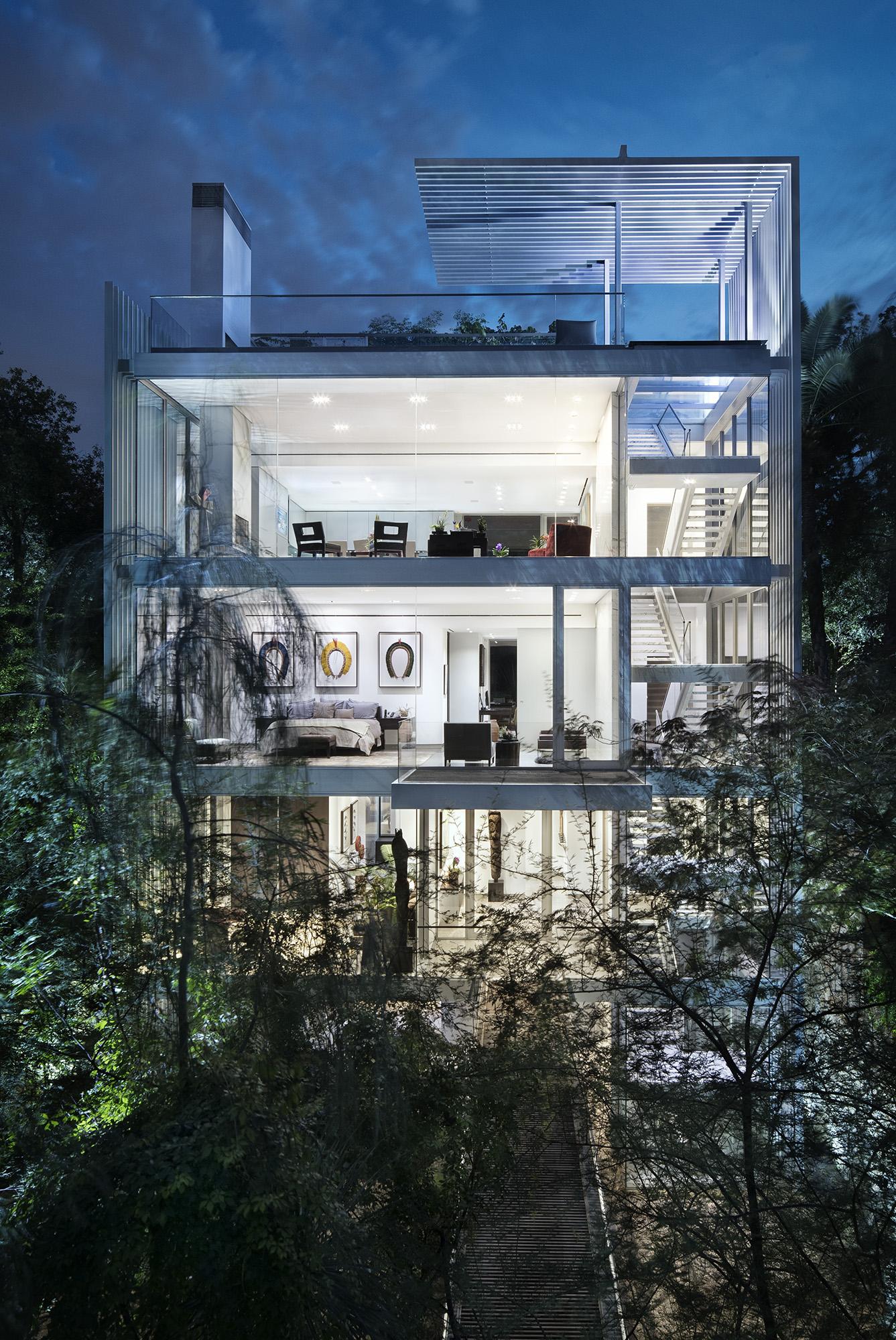 19_Vertical House.jpg