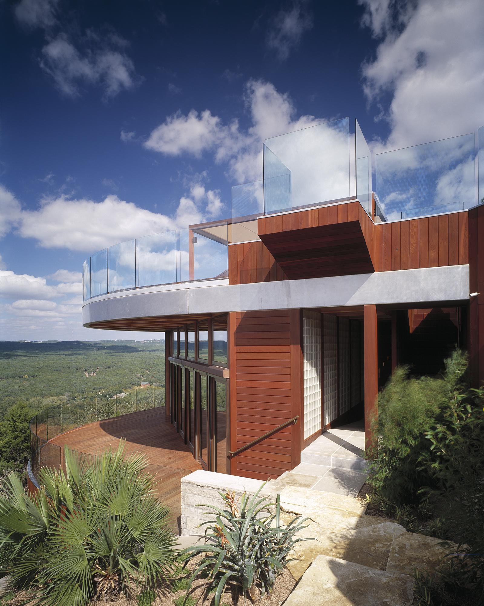 04_Deck House.jpg