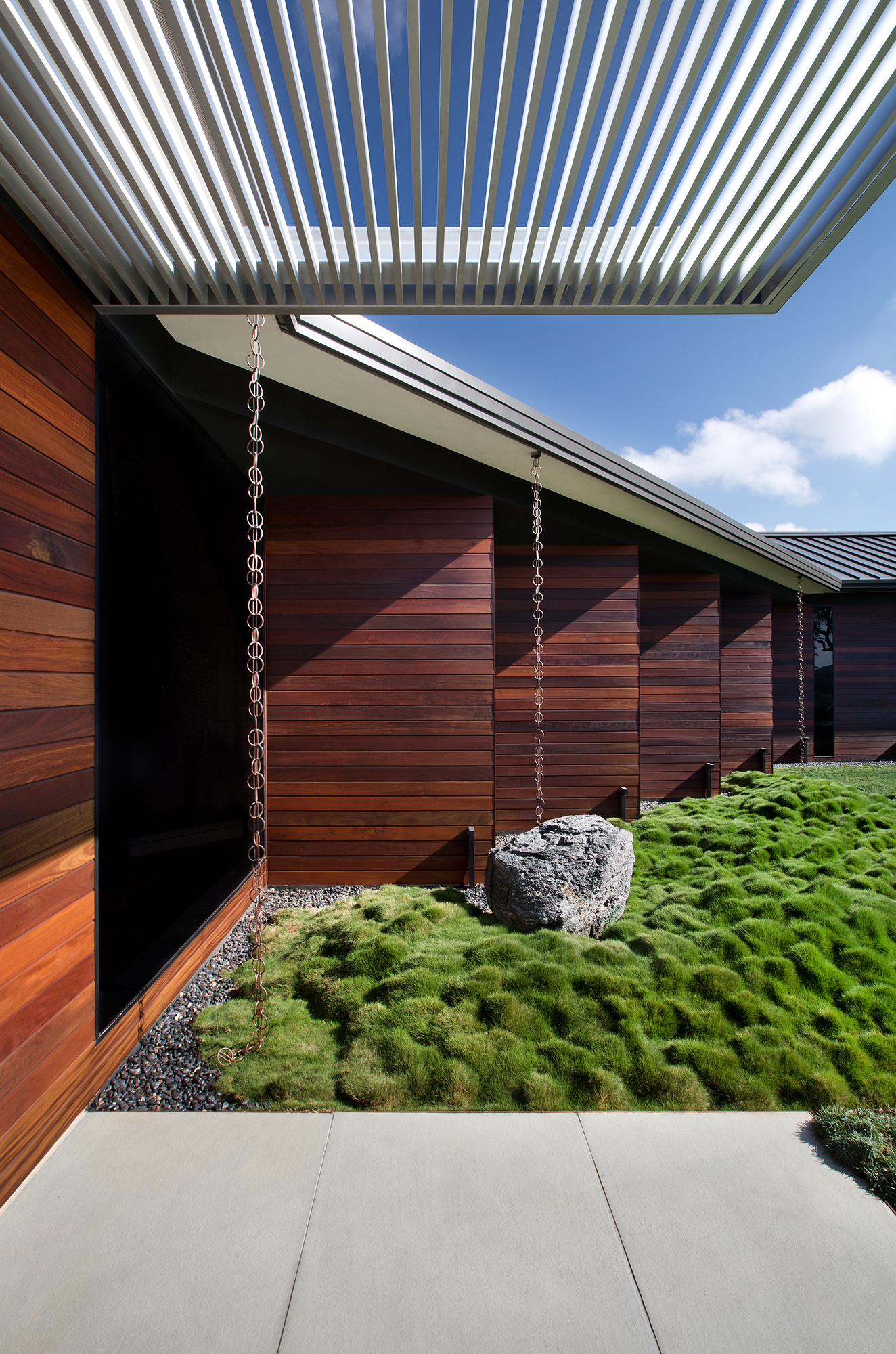 03_Hilltop Residence.jpg