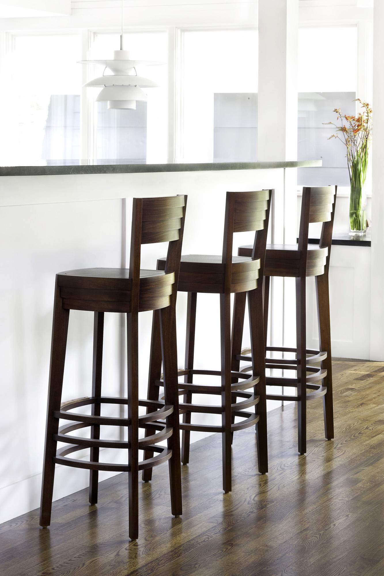 02_Custom Furniture.jpg