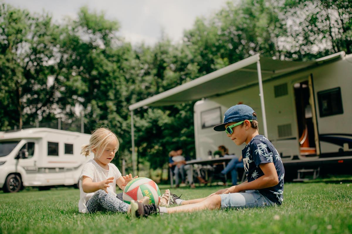 camping_ frutigresort camping bern frutigen gruppenunterkunft-4.jpg