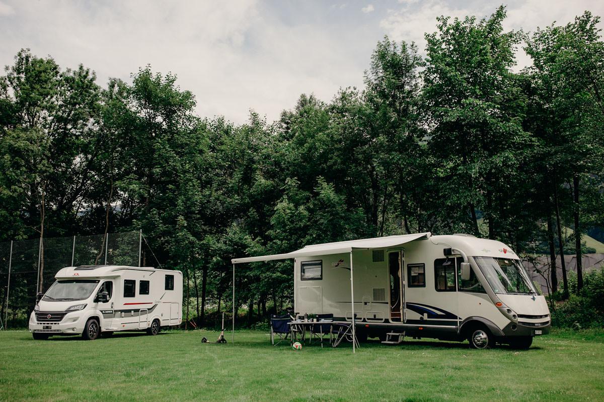 camping_ frutigresort camping bern frutigen gruppenunterkunft.jpg