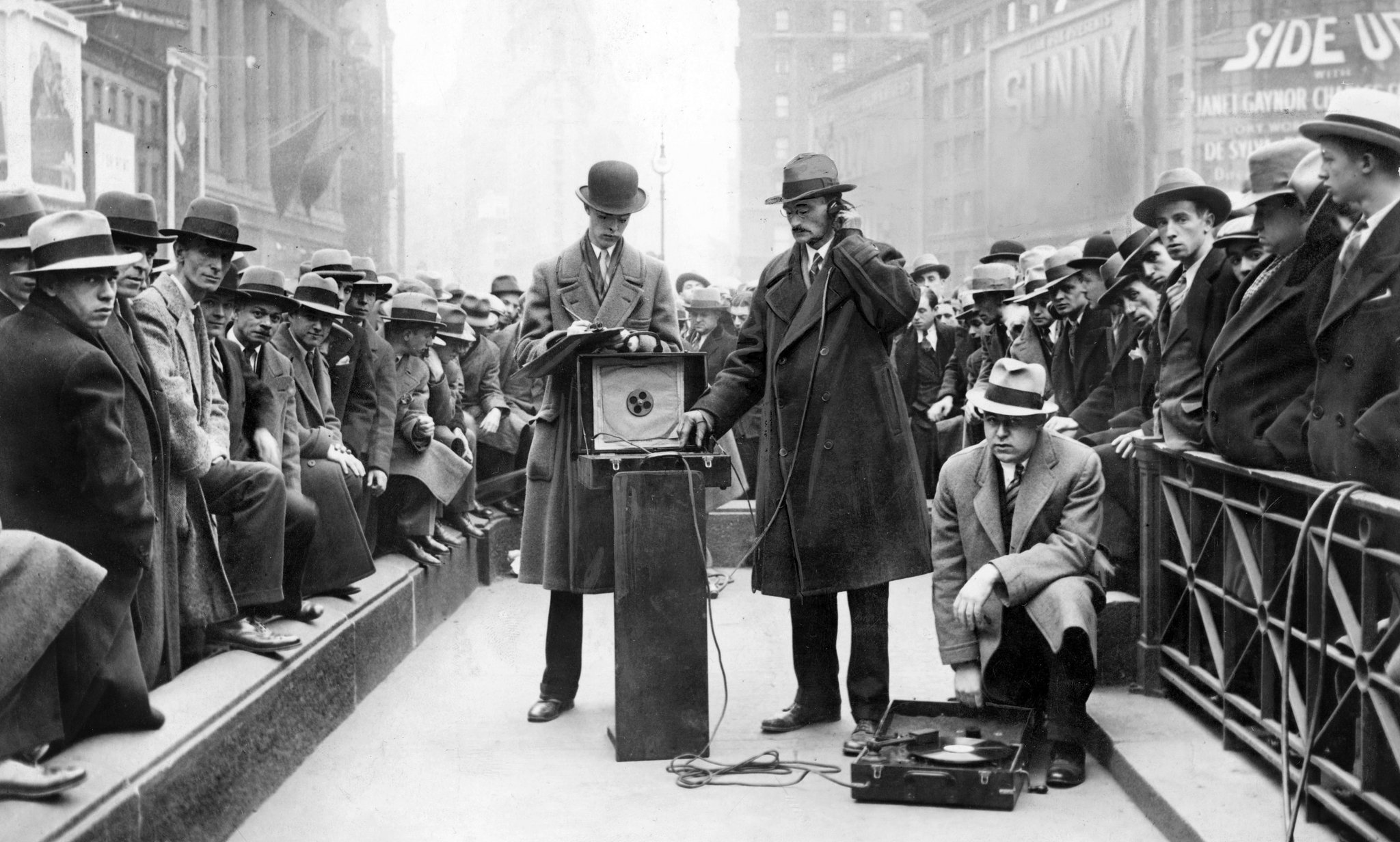 Listening to the Roar of 1920s New York