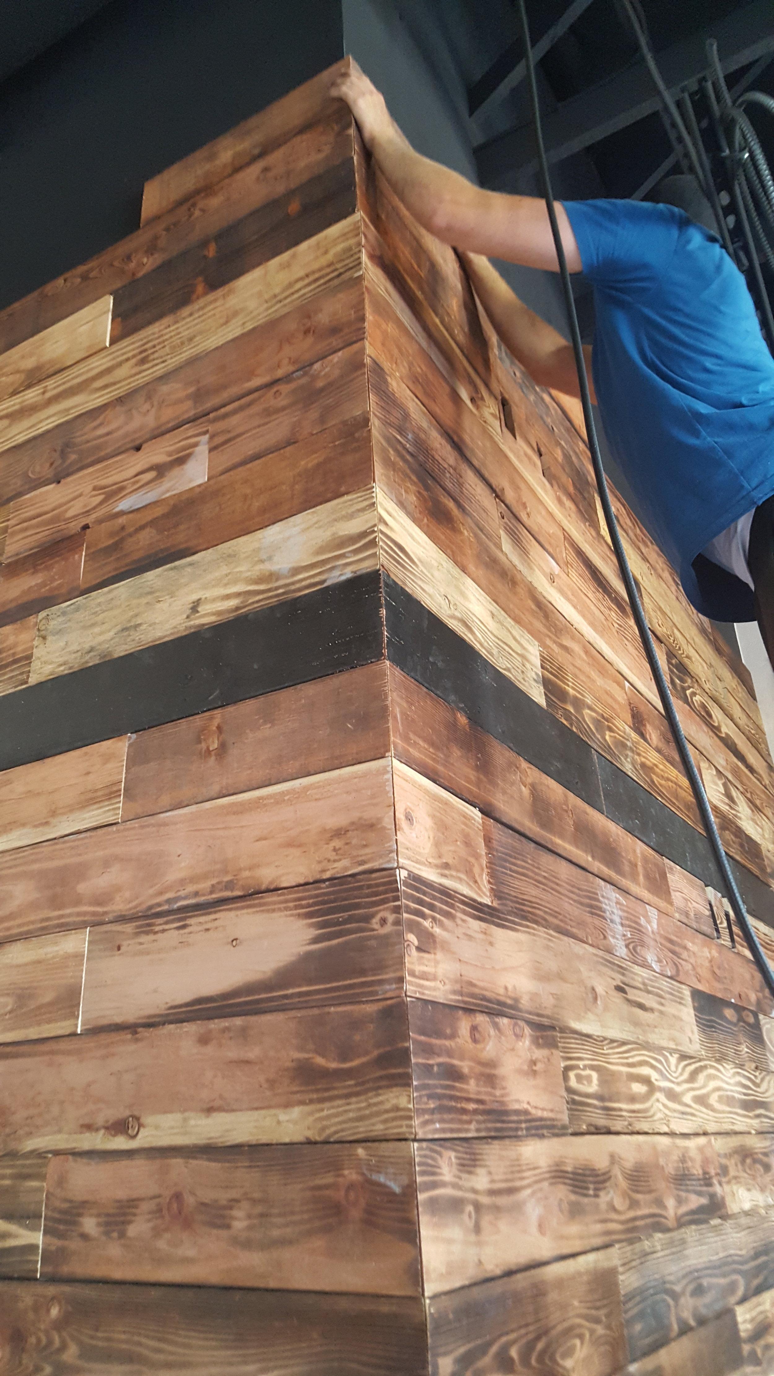 bar-wood.jpg