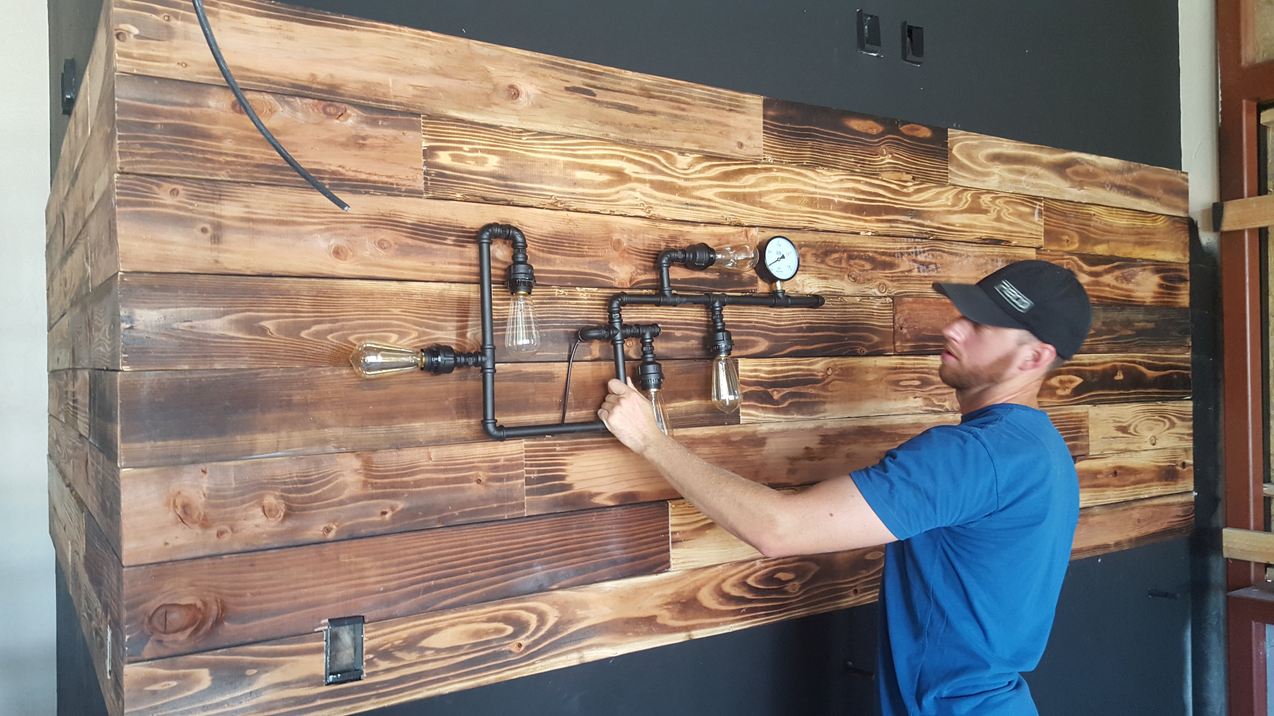 redwood-wall-bar-pipe-light-1.jpg
