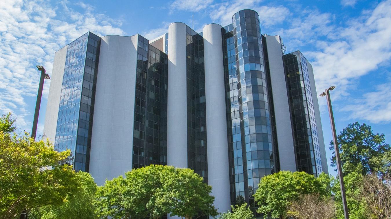 Landover Commercial Real Estate -