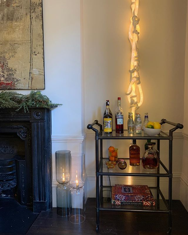 Almost ready for the Christmas festivities? We love the Soane Neuryev drinks trolly which we've styled here to give it a contemporary twist. #interiordesign #drinkstrolly #contemporaryart #christmas