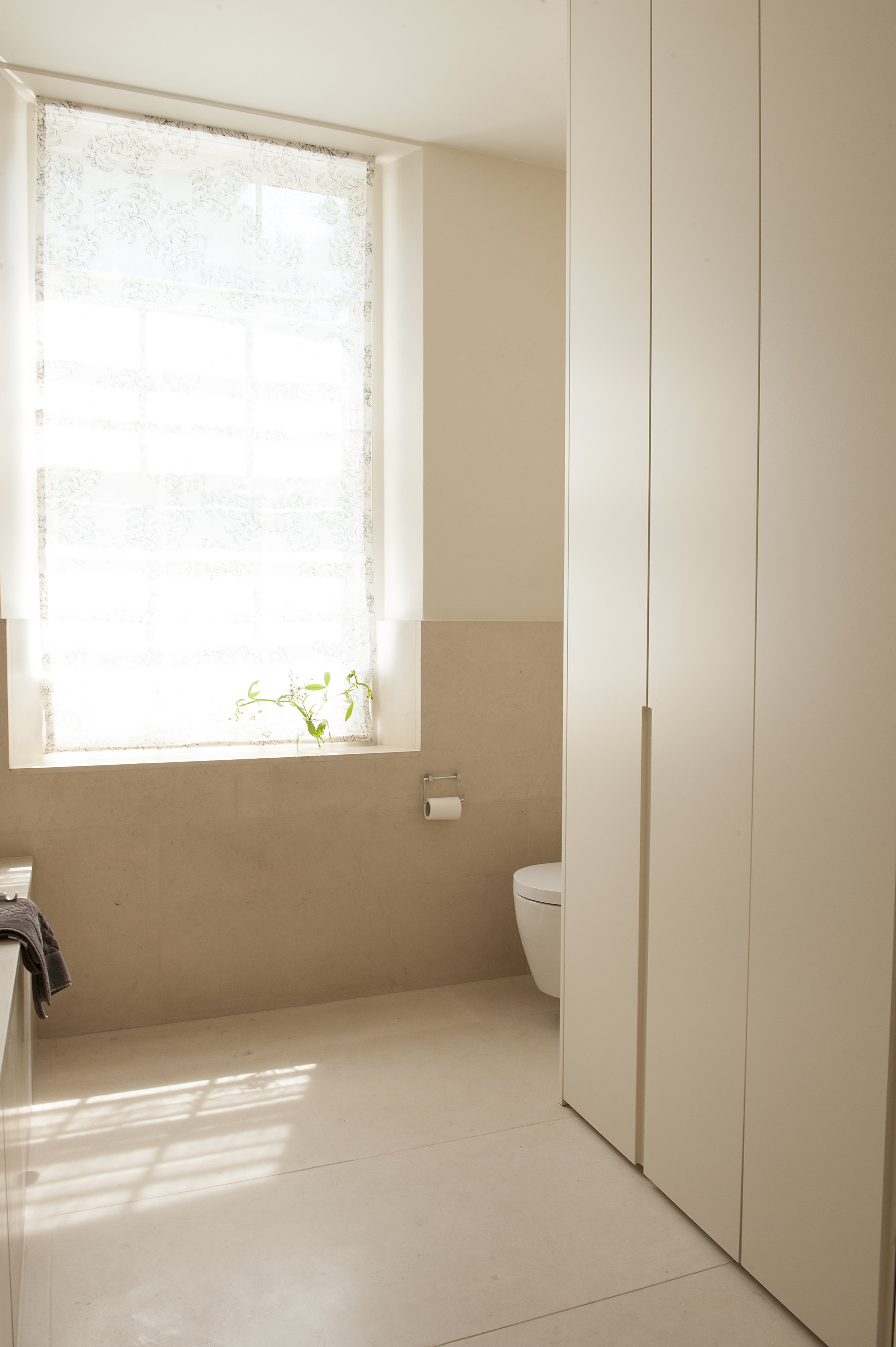 mainbathroom0433.jpg
