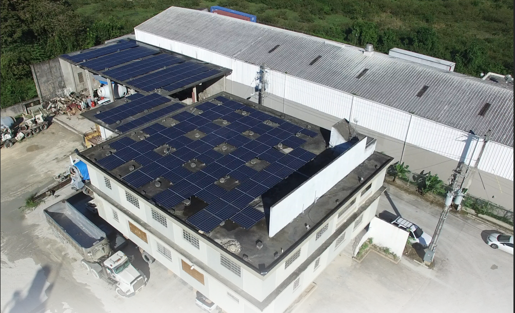 Quality Concrete - 79.56 kW PV Roof top• Fixed tilt system installation• SnapNRack assembly• 260 Q-Cells PV modules• SMA Inverter 24,000 TL US• Maximizing AC Output