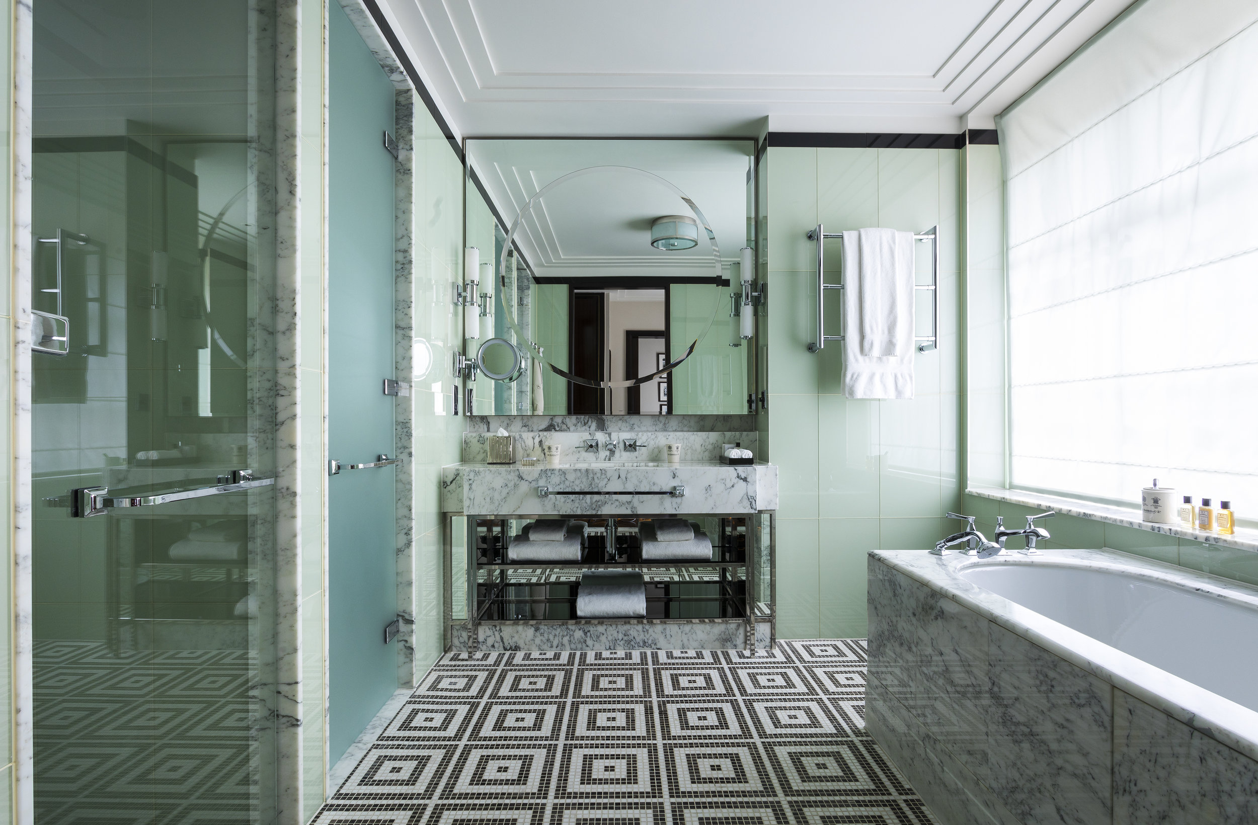 06 Beaumont_Bathroom_Bath_GramRoad_MR.jpg