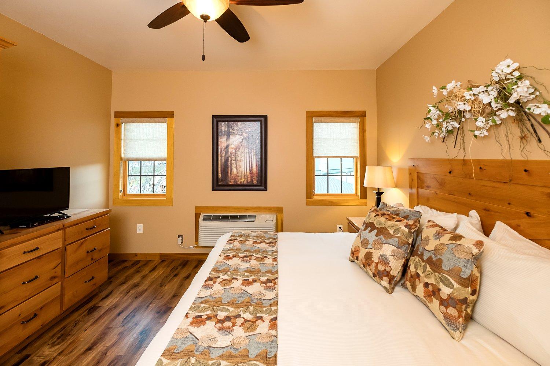 Bedroom (Suite #1)