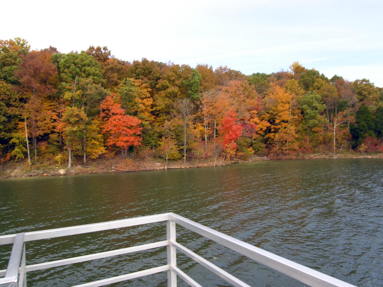 Fall Foliage Wine Cruises