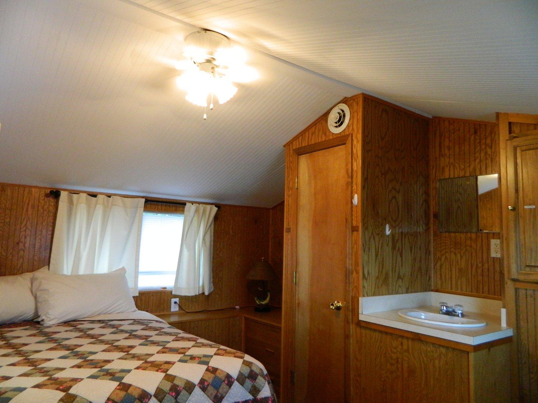 Upper State Room
