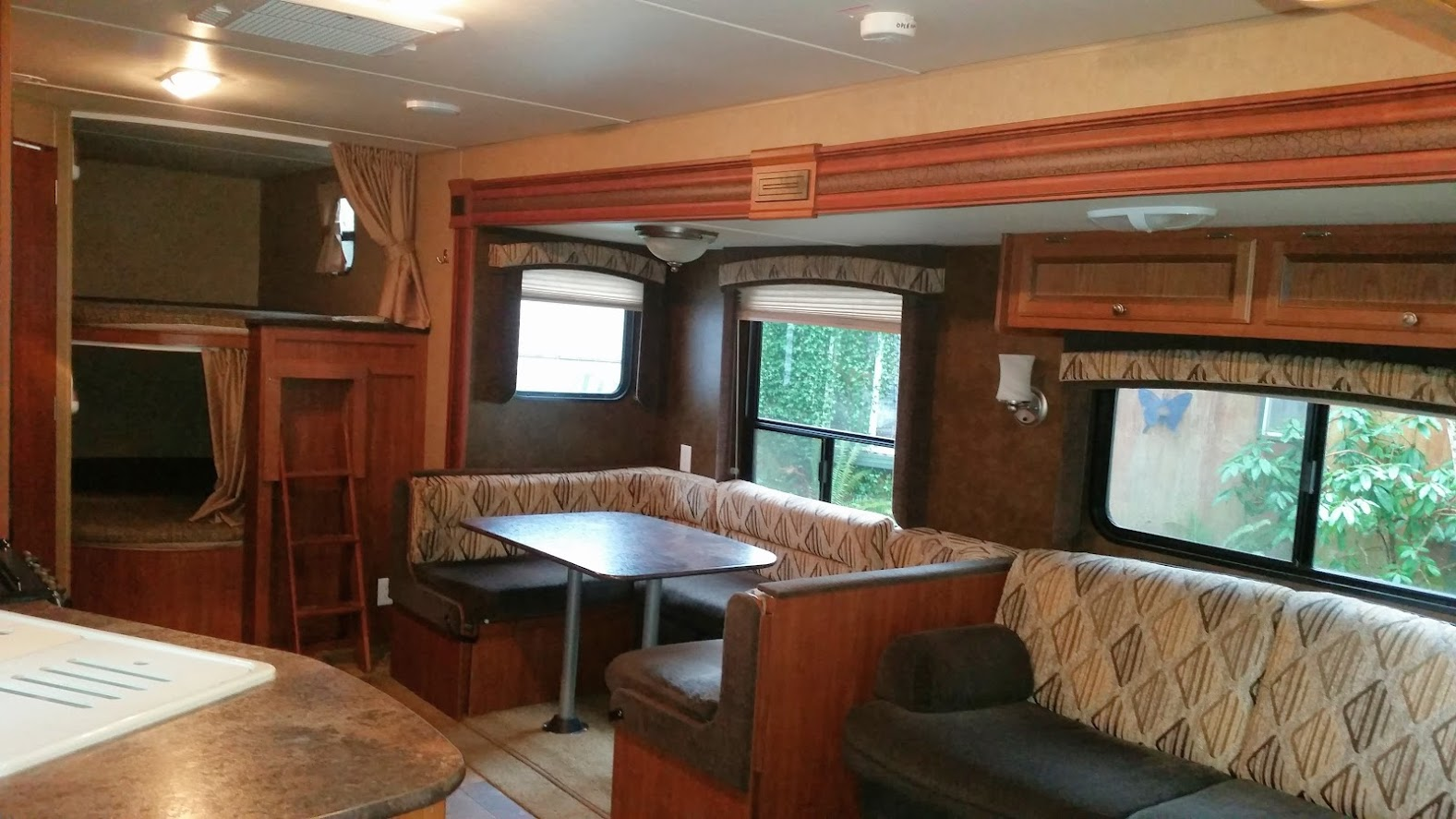 13Jayco Jay Flight - Inside#1.jpg