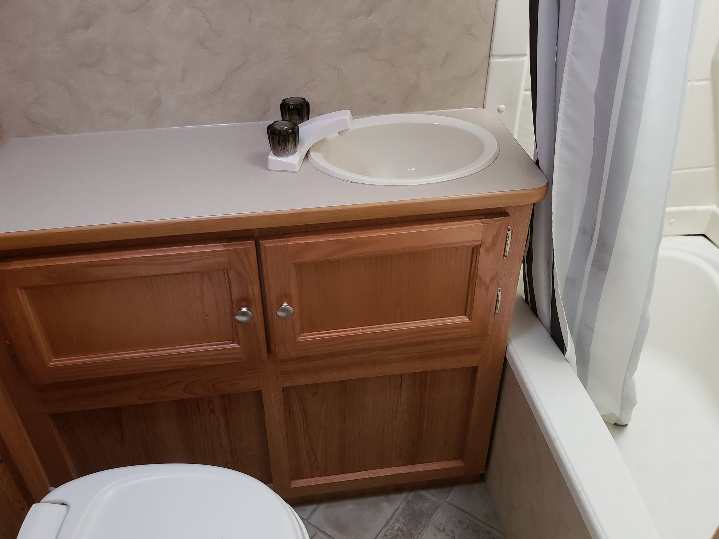 2011 Trail Sports - Bathroom.jpg