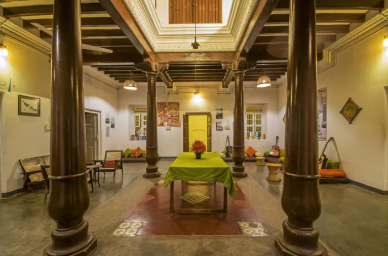 2018-08-16 10_59_46-Hostel The Mansion, 1907 , Mysore - trivago.in.png