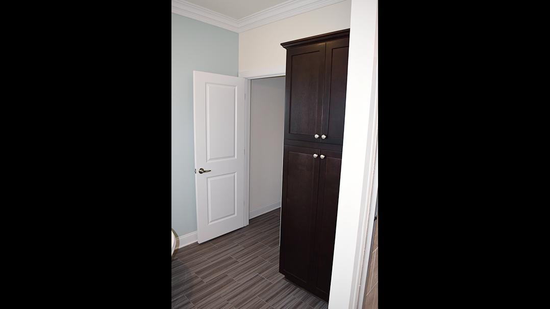 Maiden II Door.png