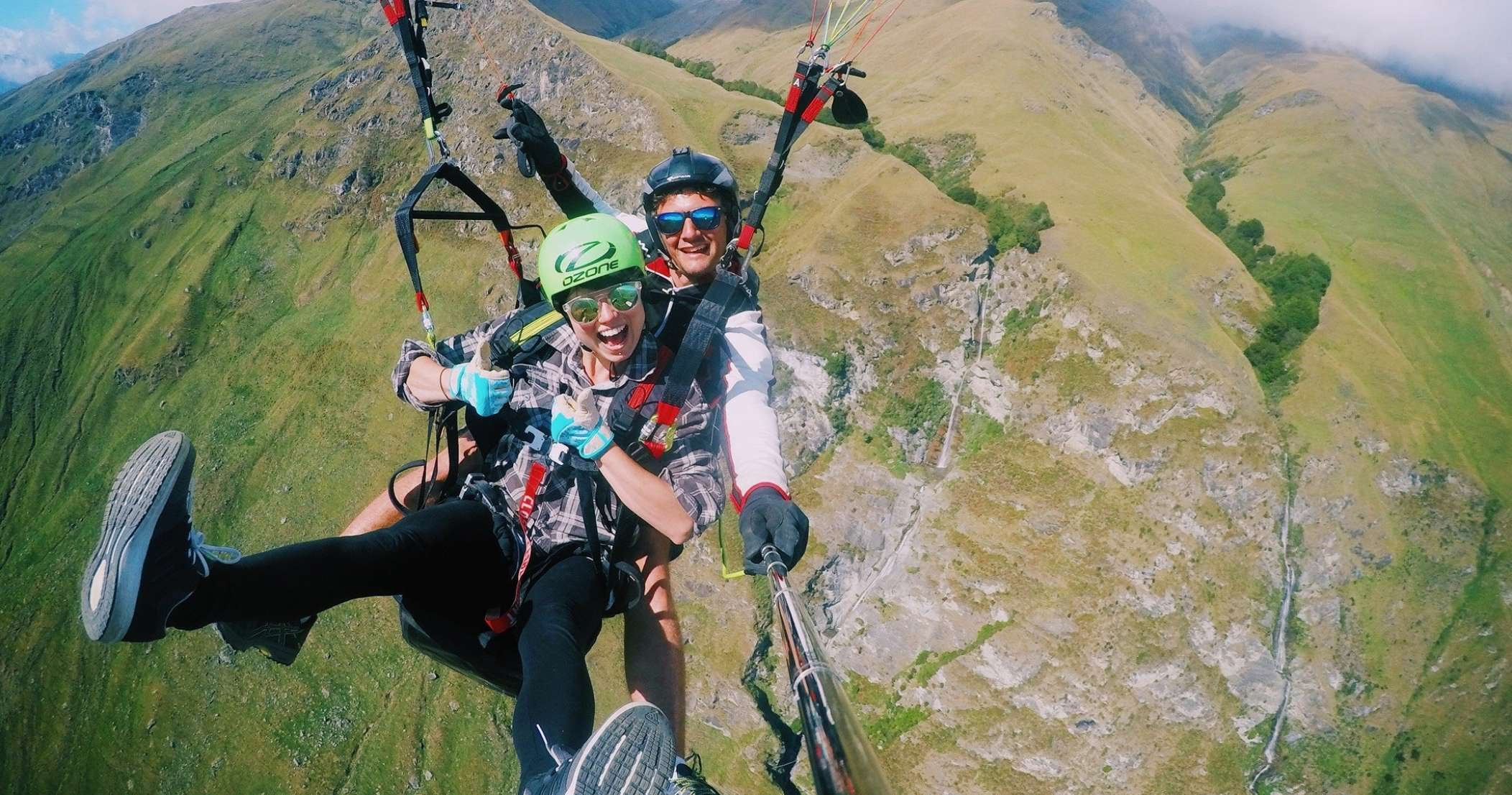 The Experience - Flying in a paraglider is a feeling like no other. Imagine sitting in an armchair, hundreds of meters in the sky, feeling totally exposed yet completely secure. Watching deer run below, hawks flying beside you and hearing the rumble of the waterfalls as your pilot manoeuvres the glider within meters of the impressive Twin Falls.