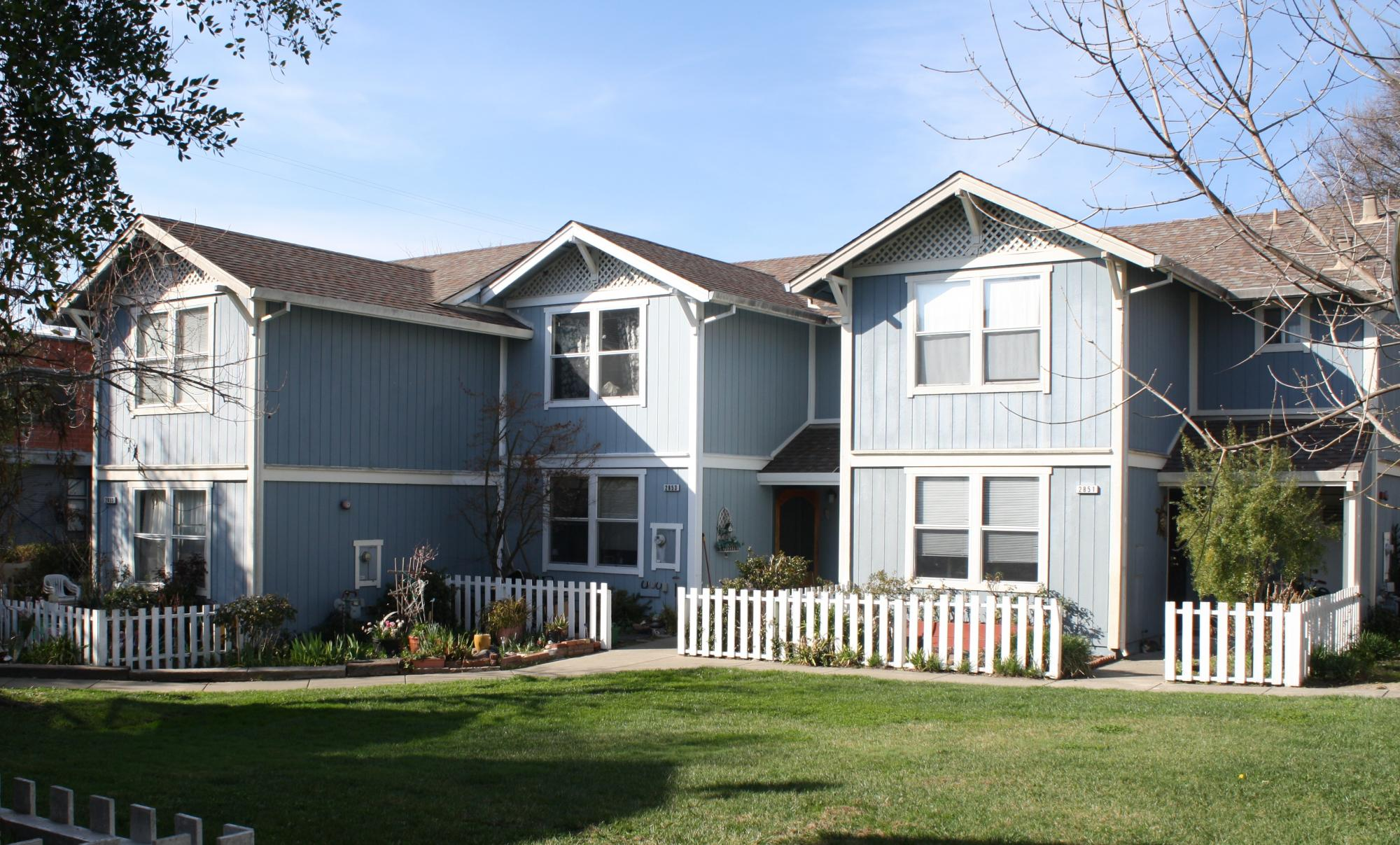 Green Valley Townhomes, Graton