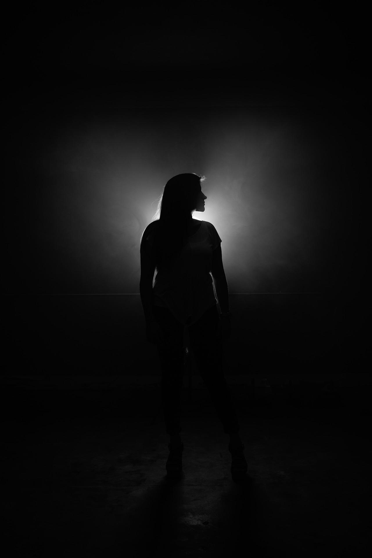 dark-2565251_1920.jpg