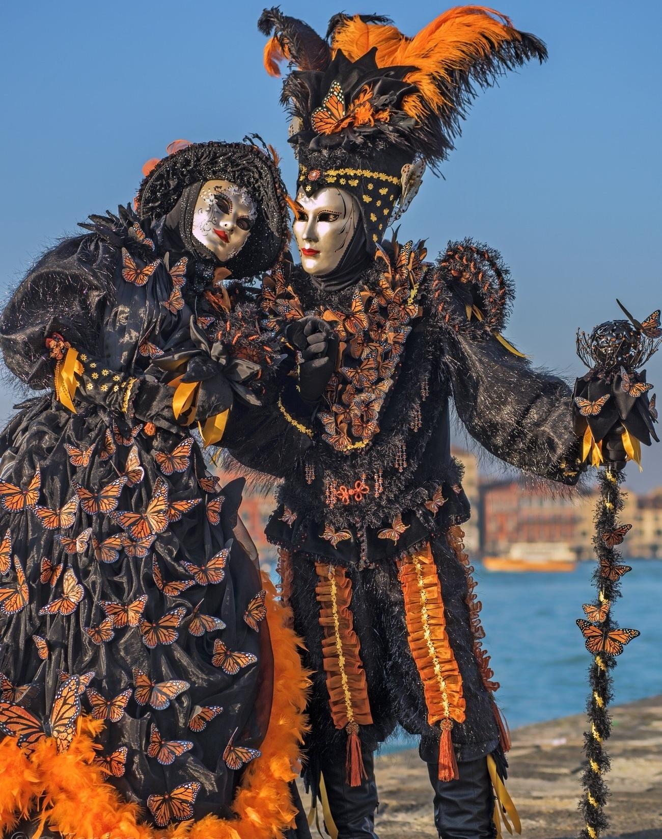carnaval-venise-masque-costume-802.jpg
