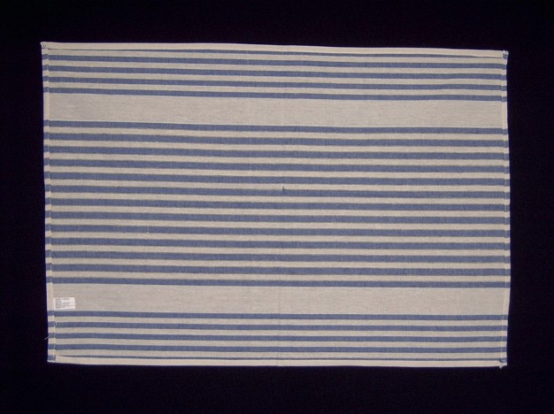 Blue and white stripe tea towel   Available in:   - Blue and white   - Red and white