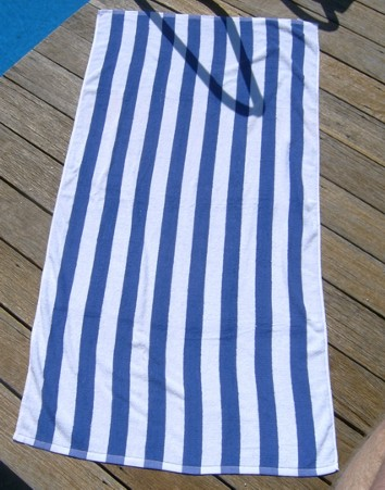 Pool towel - striped blue   A simple yet stylish addition to your poolside, our striped blue pool towel comes in large size and is 100% cotton.
