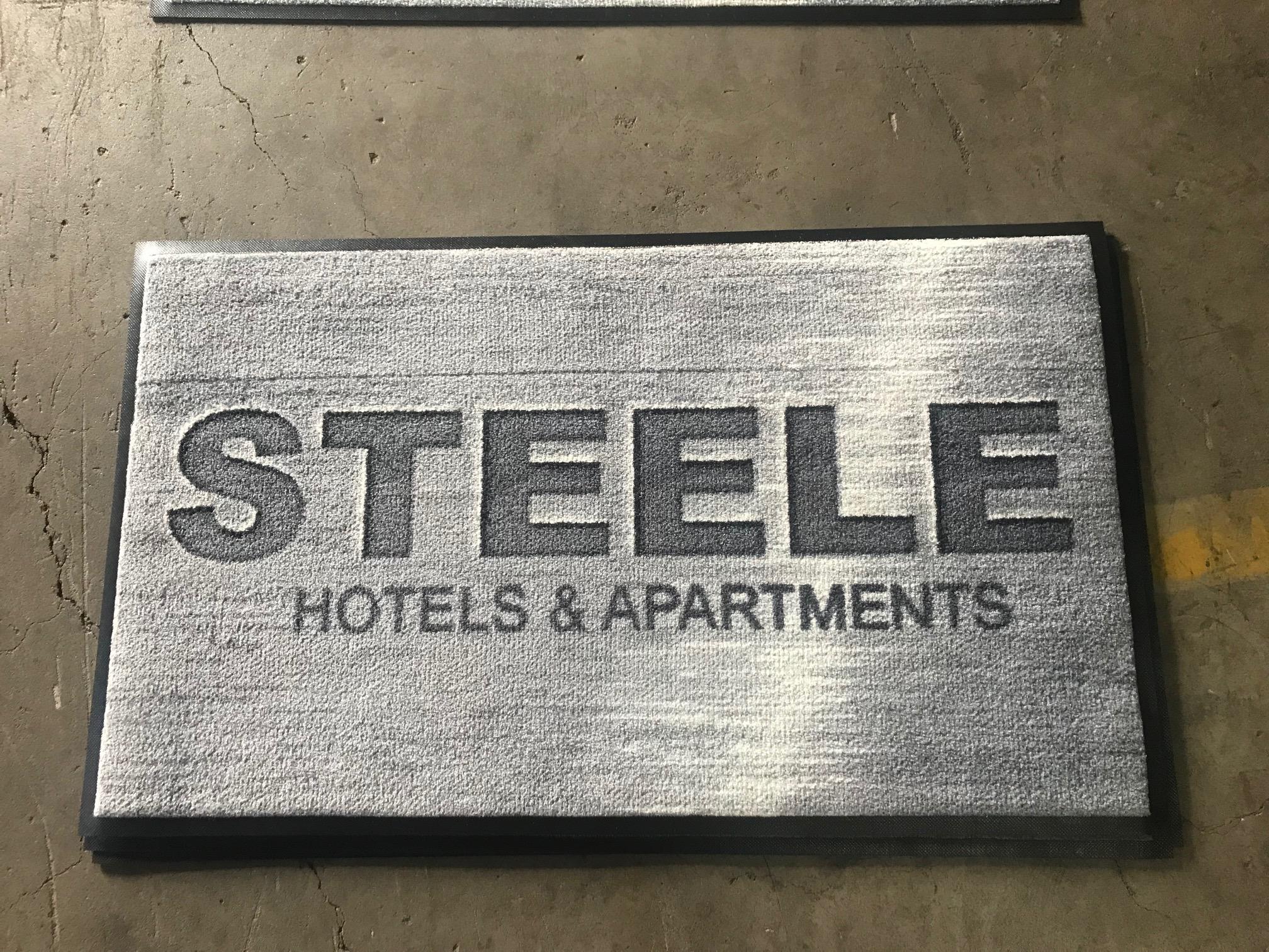 Steele.jpg