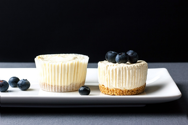Personal cheesecakes for two
