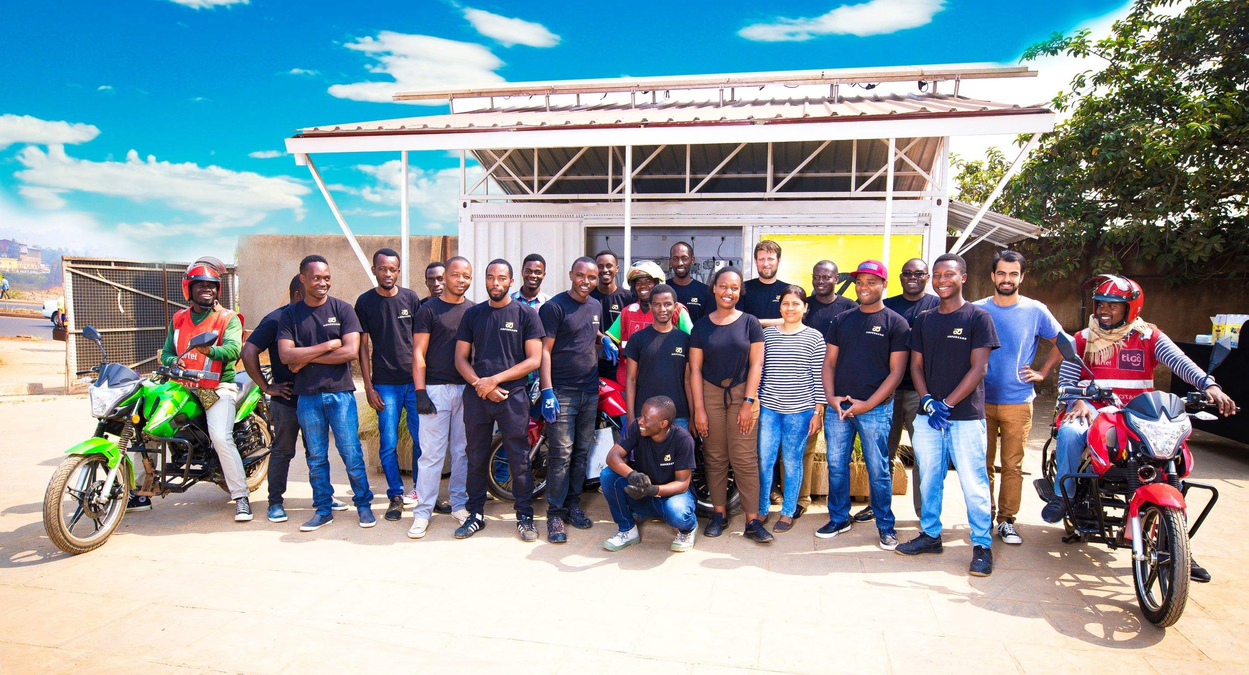 3C1A9064_small_team.jpg