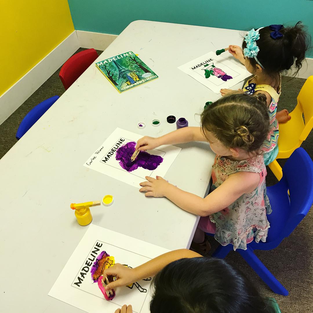 ChildcareProgram_ArtsAndCrafts.jpg