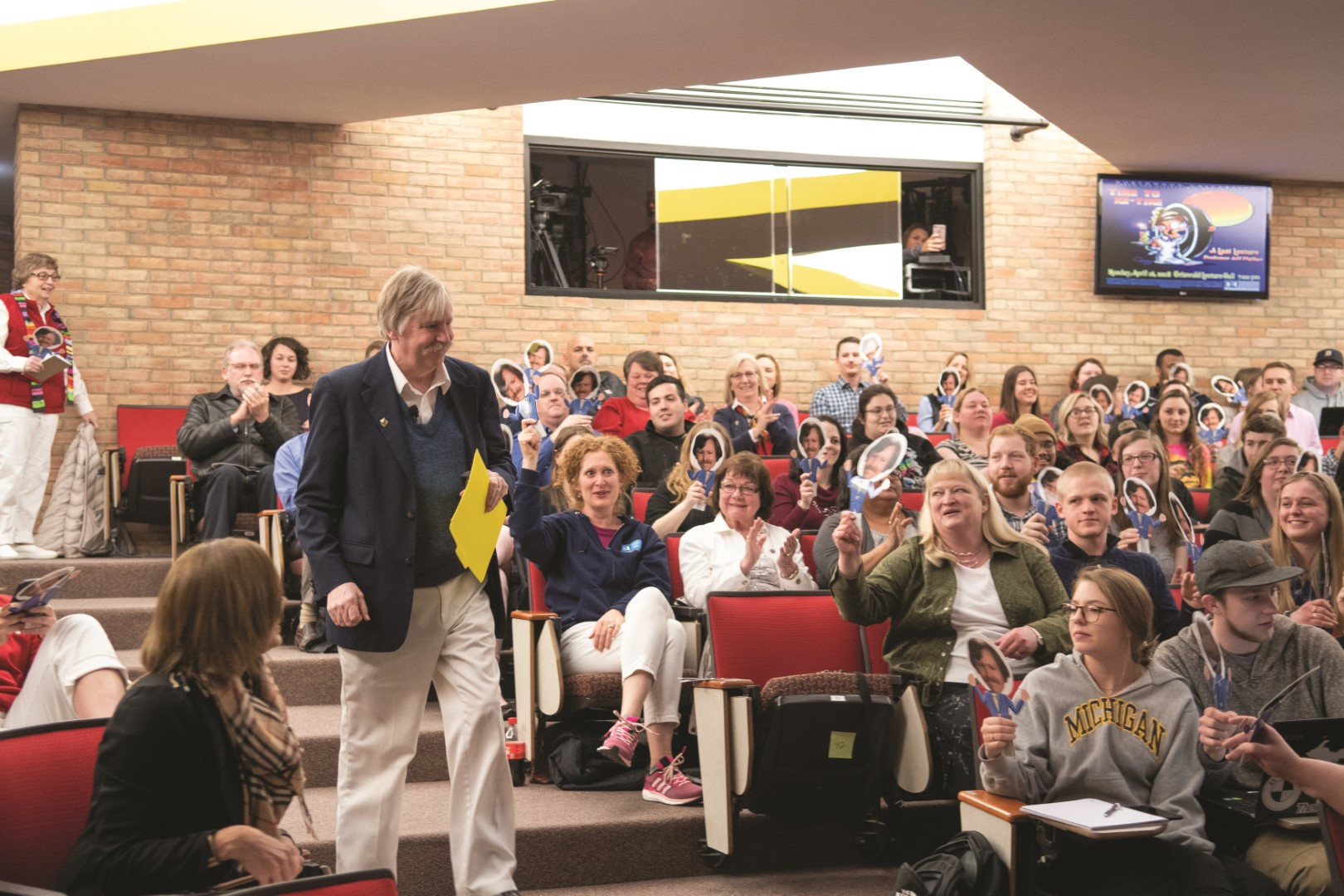 In his 42nd year at Northwood, Jeff Phillips gave a last lecture to an overflowing auditorium of students, faculty, staff, and friends wearing white pants and waving Jeff Phillips bobble heads. His last lecture was just what you'd expect – one filled with jokes, laughter, and the reminder that life is a wild, colorful thing that exists because of our relationships with others.