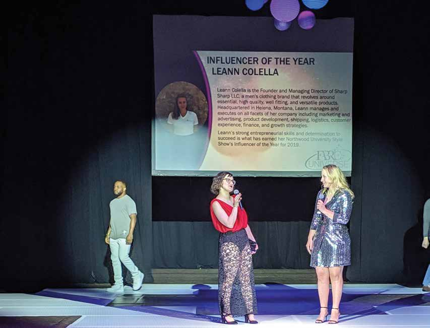 Style Show Chairwoman Emily Williams ('19) presents the first Influencer of the Year award to Leann Colella ('17), founder and managing director of Sharp Spruce.