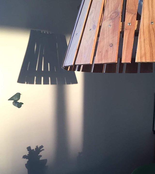 Skuggamynd 😊 @dorahdorah . . . #fhiisland #dorahansen #interiordesign #furnituredesign #innanhússhönnun #lampdesign #lýsingarhönnun