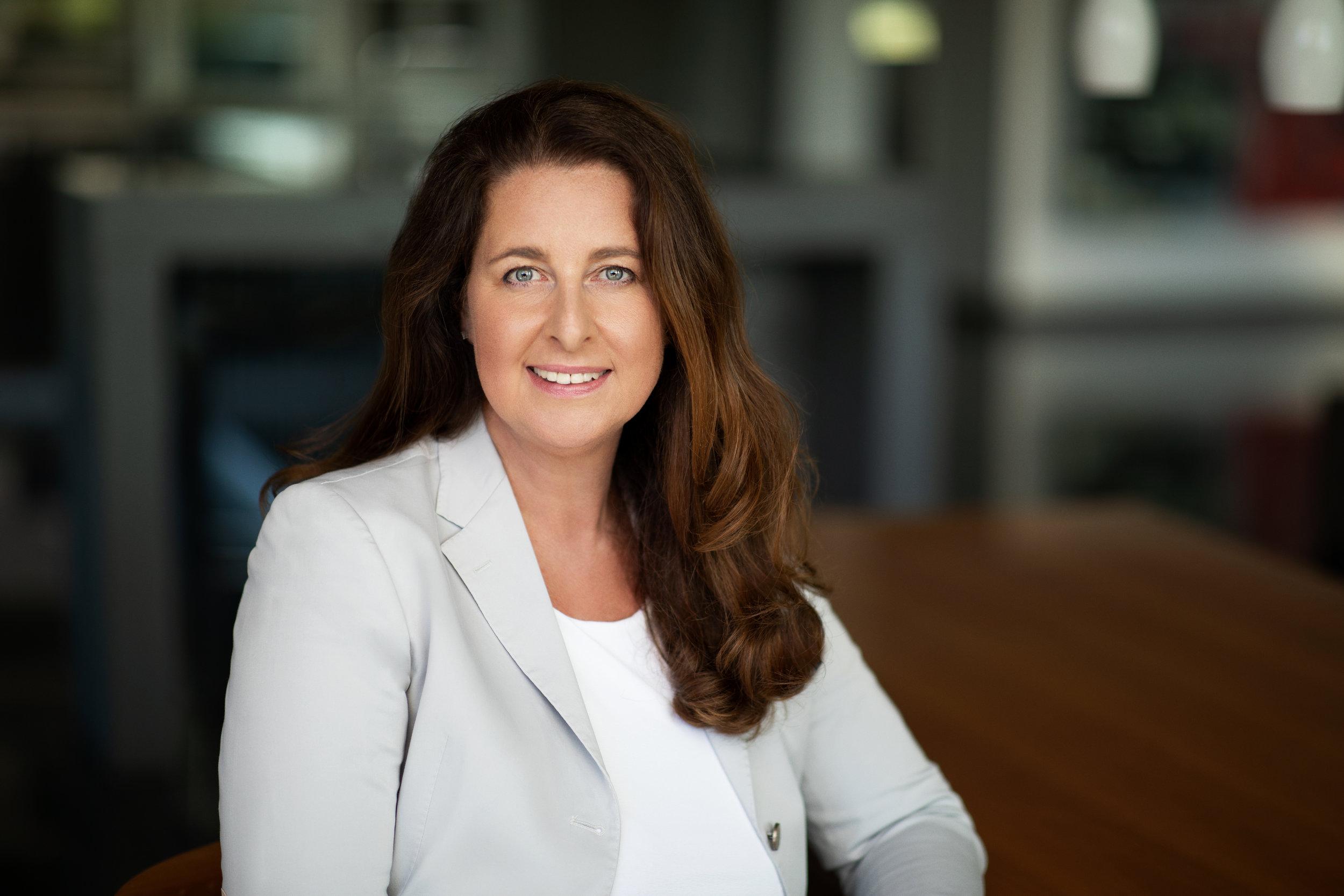 Brigitte Rewak Geschäftsleitung rewalux GmbH.jpg