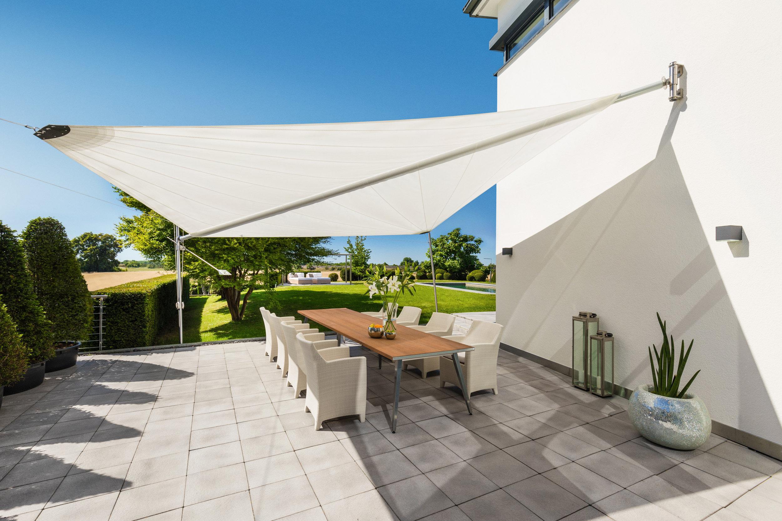 Sonnensegel für Hotel_rewalux GmbH.jpg