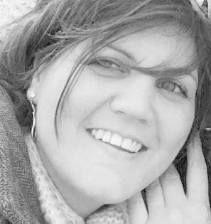 Emily Desmet   Administratief medewerker   emily@new-interieur.com