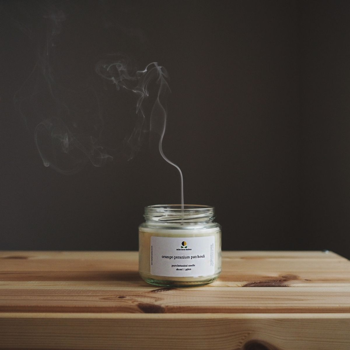 miss_bees_balms_orange_geranium_patchouli_eco_soy_wax_candle_balancing_aromatherapy_candle_massive.jpg