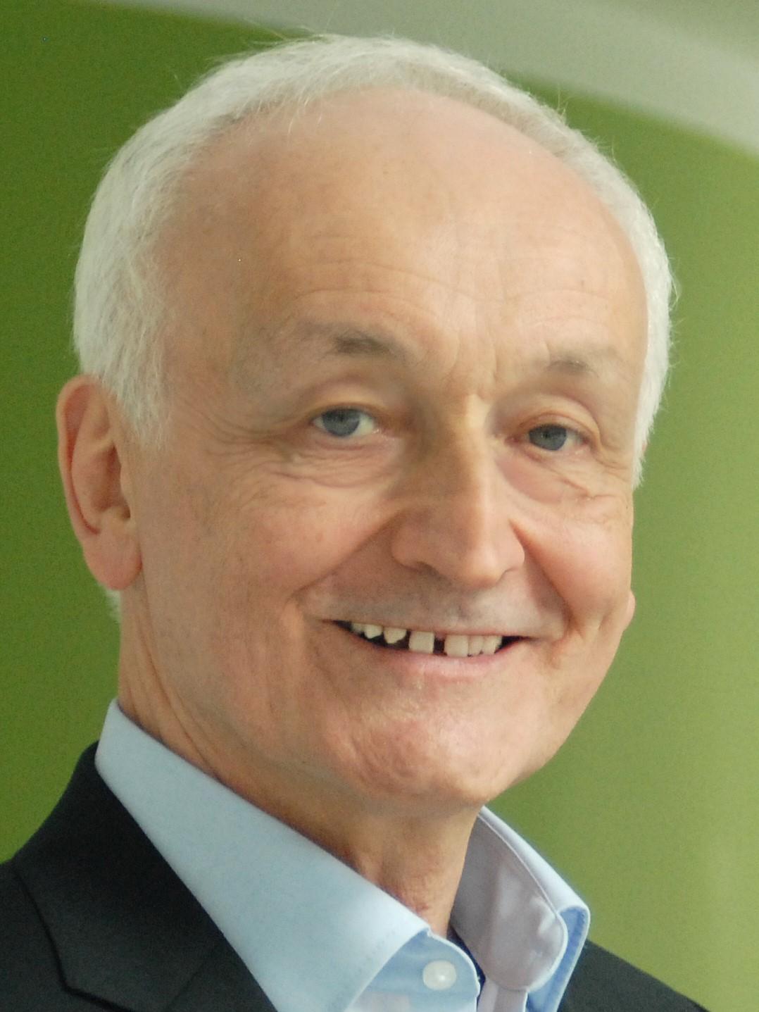 Prof. Dr. Julius Kuhl.jpg