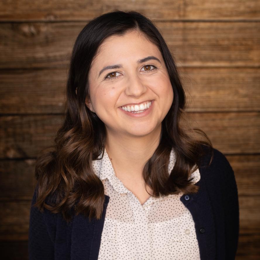 Raquel Robles - Editor