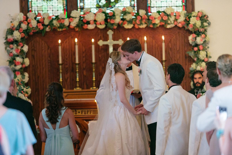 caroline_events_destination_wedding_planner_greenbriar_wedding