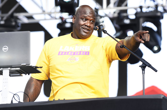 02-Shaquille-ONeal-aka-DJ-Diesel-sept-2017-billboard-1548.jpg