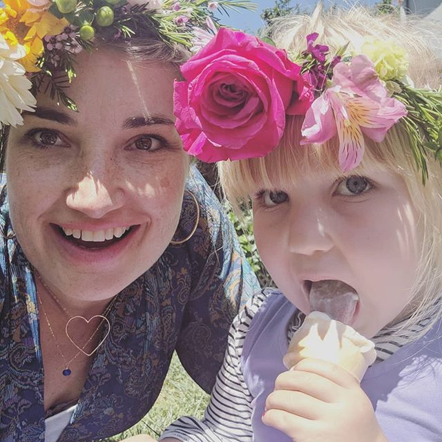 May Day 🌸 so grateful for our community at Koa's nursery school. When we joined our co-op I never could've imagined such a vibrant connection. As I transition from full time mama to full time biz owner + juggling mama, these are the moments 🙏 do you ever feel overwhelming gratitude so deep it catches your breath? It's been a day like that. Not even a parking ticket can get me down 🕺