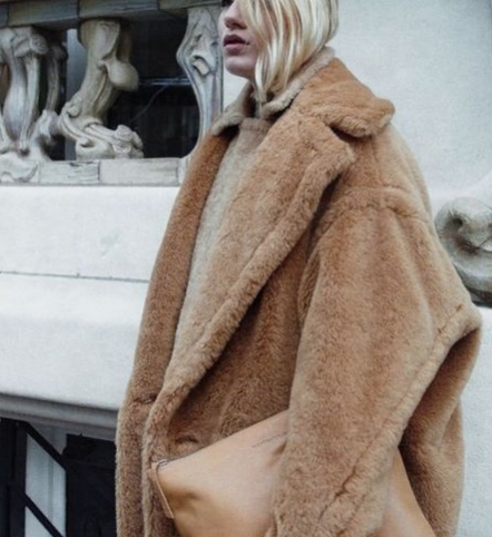 teddy bear coat @themodhemian Fall 2018 Fashion Trend Inspo