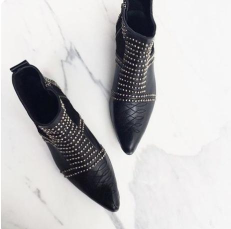 anine bing bootie @themodhemian Fall 2018 Fashion Trend Inspo