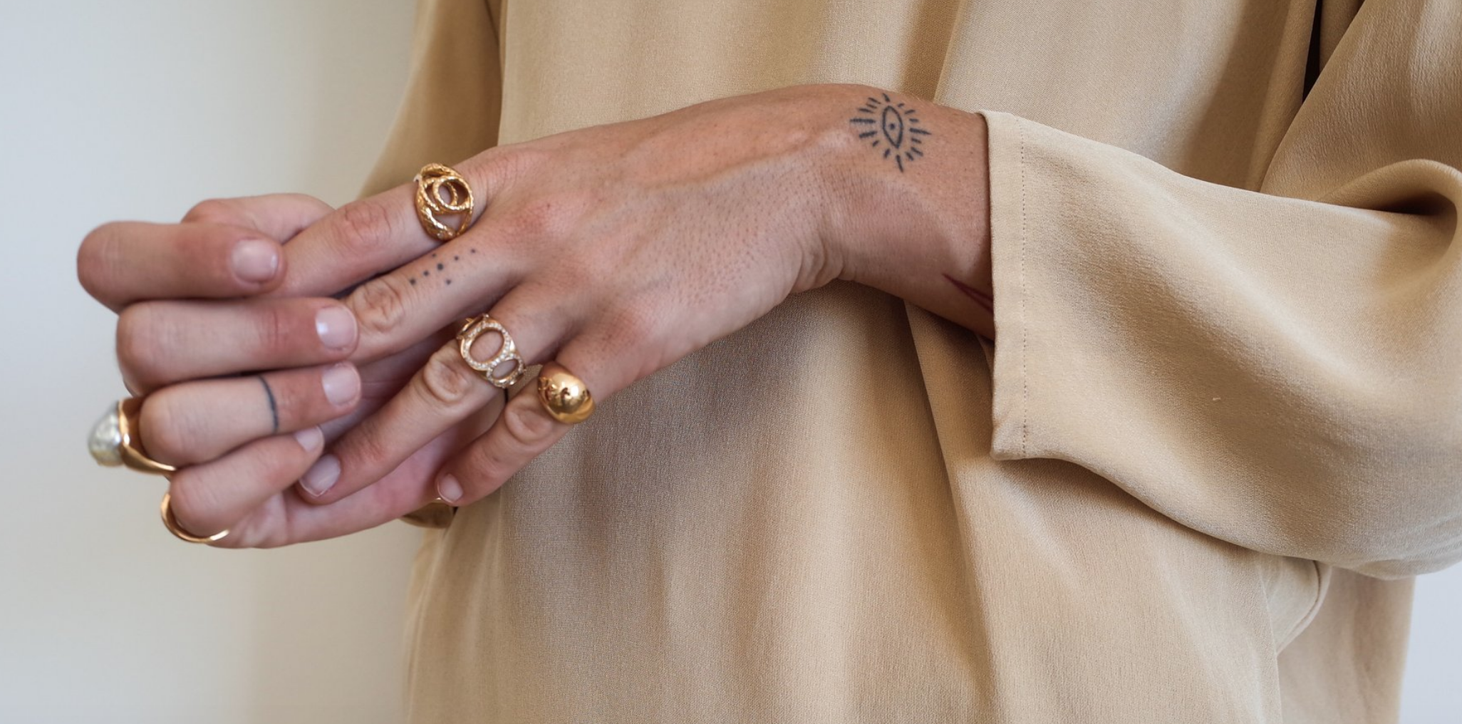Jessica Seaton  has been my go to ring chick since I discovered custom jewelry. She has such an aura about her and I love how it feels like a slice of her is set in every piece she creates.