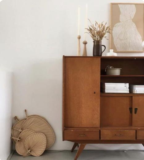 minimal organic interior styling, raffia fans